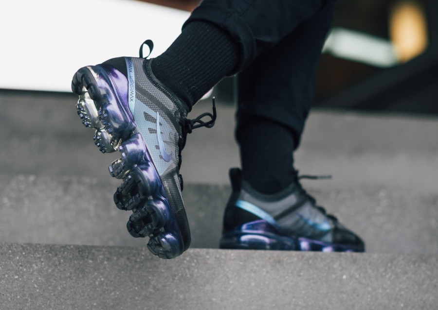 Nike Air Vapormax 2019 'Laser Fuchsia Anthracite' Throwback Future Pack