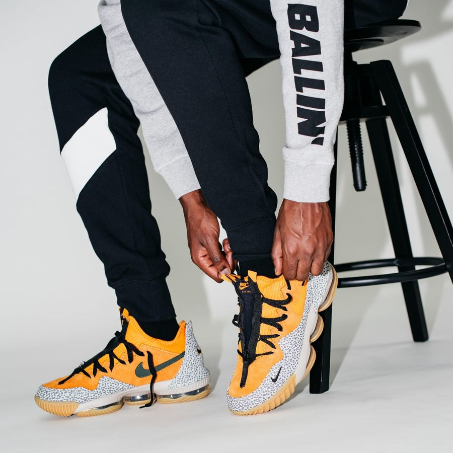 Nike Lebron 16 Low Kumquat Black (1)