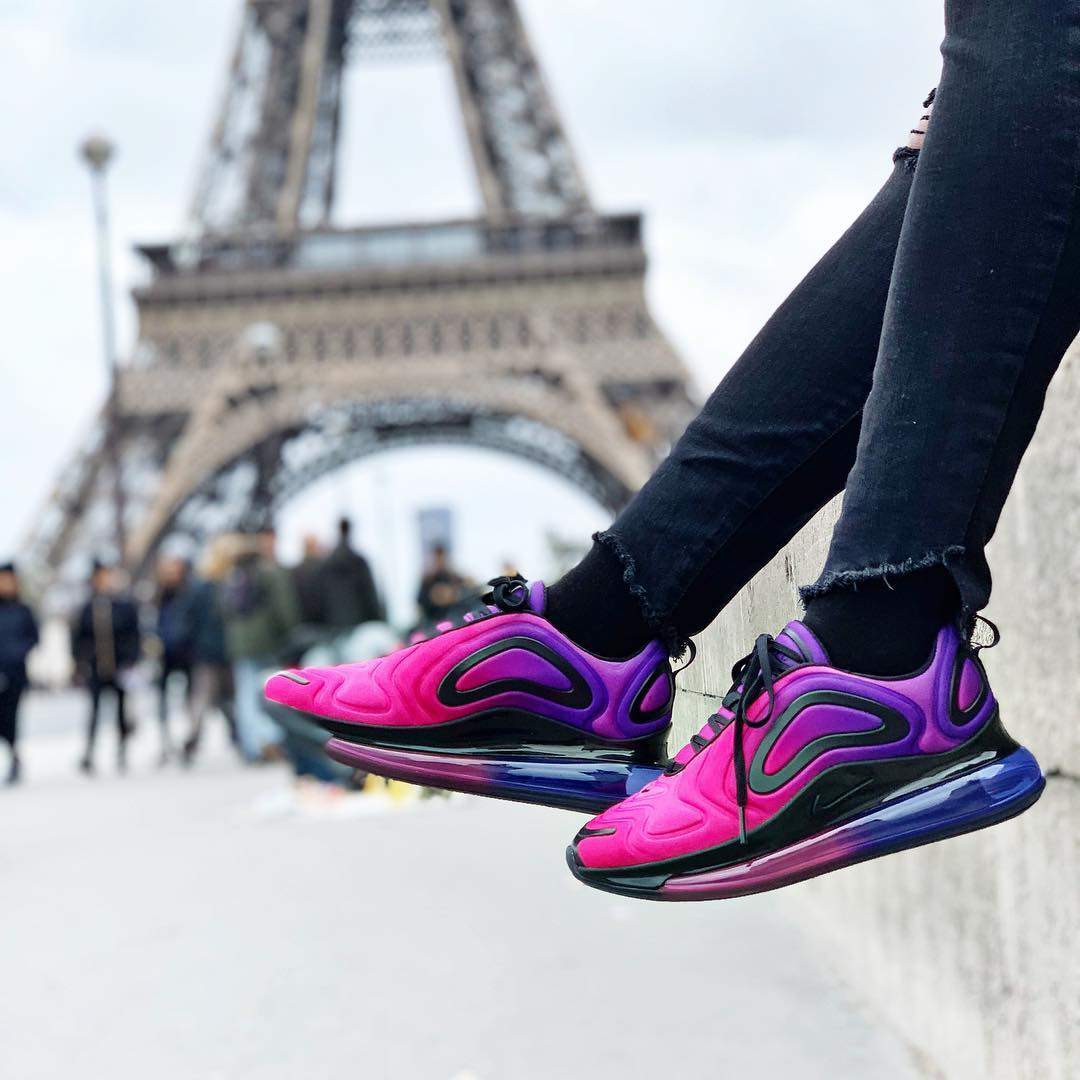 Nike Wmns Air Max 720 Sunset Hyper Grape Pink Black