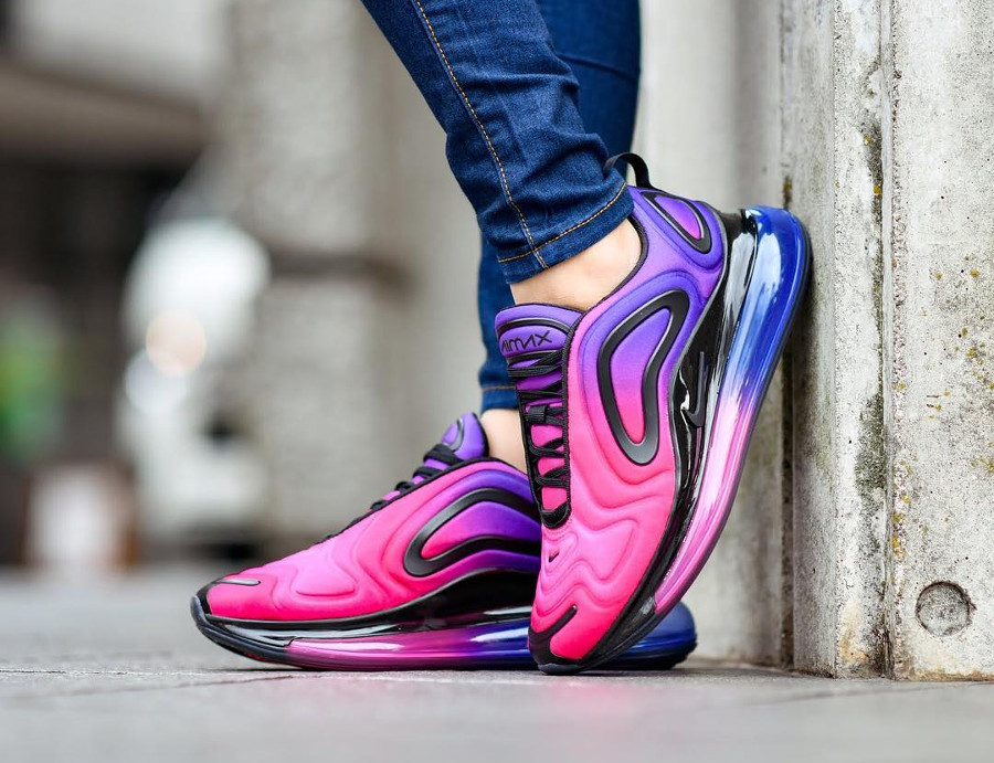 sold worldwide wholesale dealer official shop Faut acheter la Nike Wmns Air Max 720 Sunset Hyper Grape Pink ?