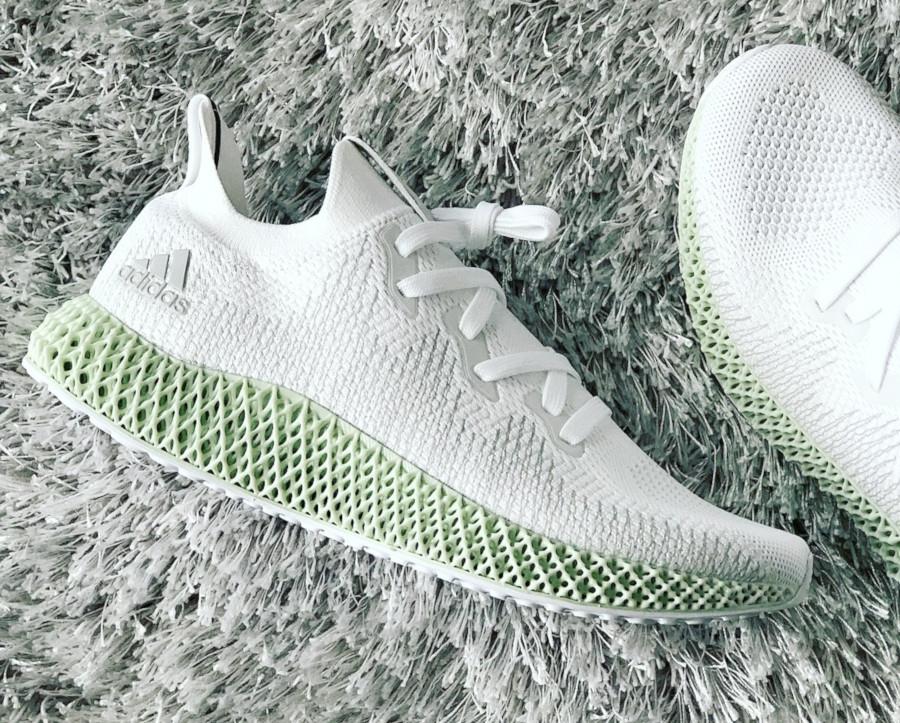 adidas-alphaedge-4d-blanche-avec-une-semelle-verte (4)