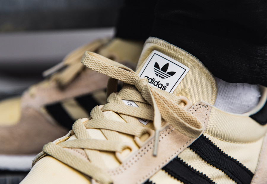 Adidas-Forest-Grove-Easy-Yellow-Black-White-1