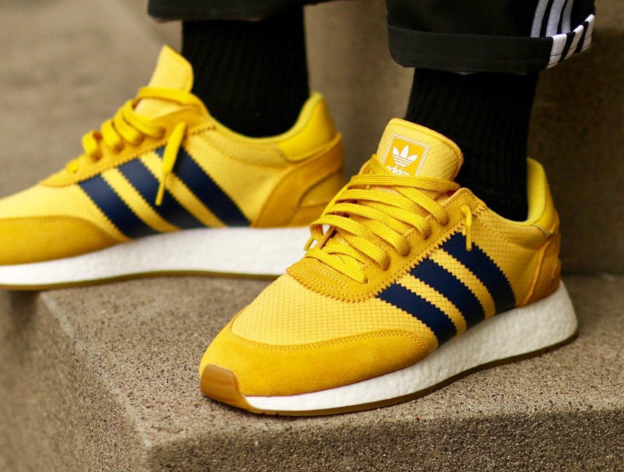 Faut-il acheter la Adidas I-5923 Iniki jaune Tribe Yellow Wu ...