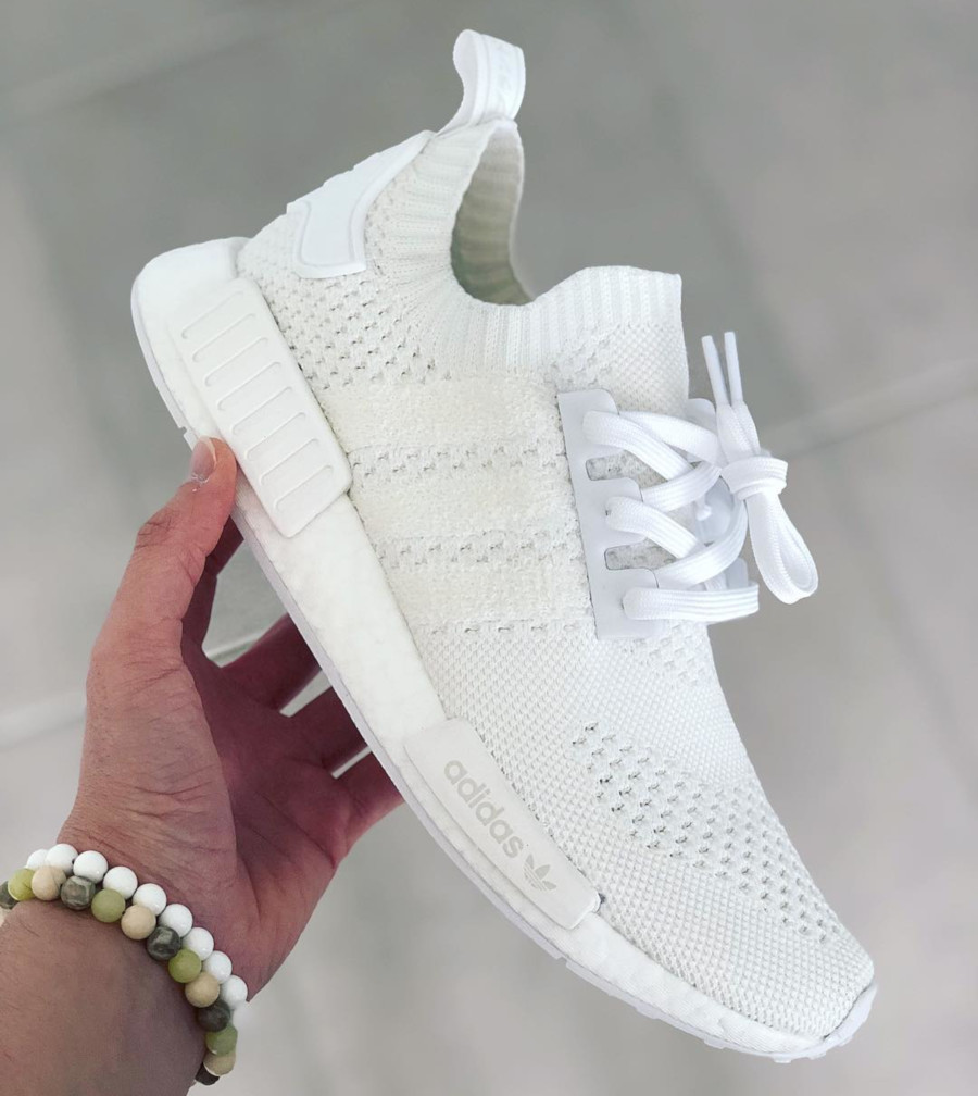 Adidas NMD R1 Primeknit FTWR White Linen Green (2)