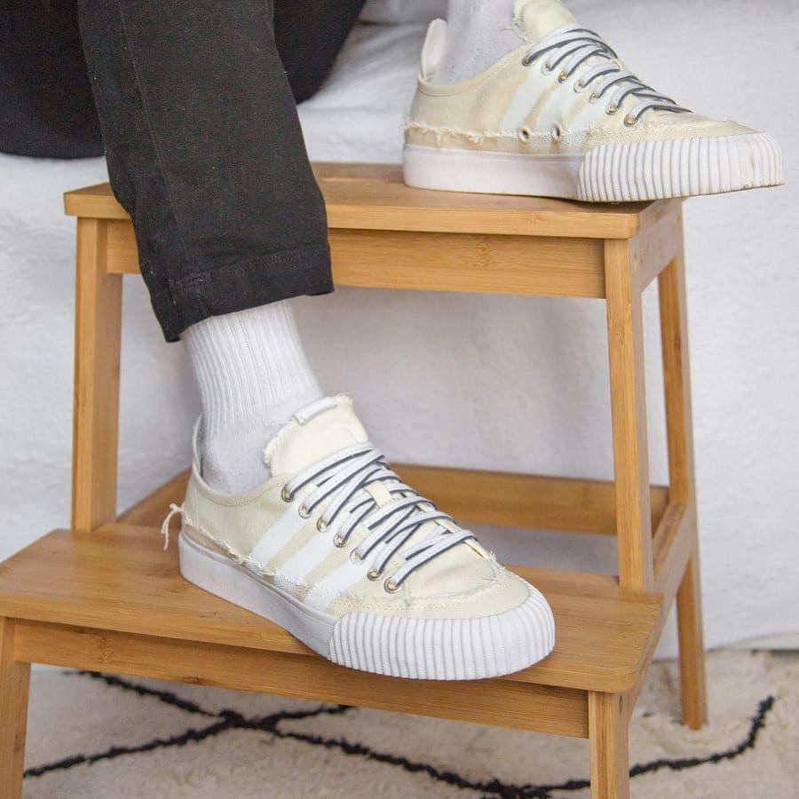 Adidas Nizza Lo DG Donald Glover Beige EG1761 (1)