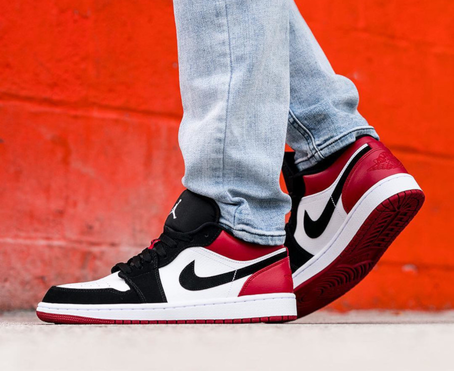 Air Jordan 1 Low 'Black Toe' White Gym Red (1)