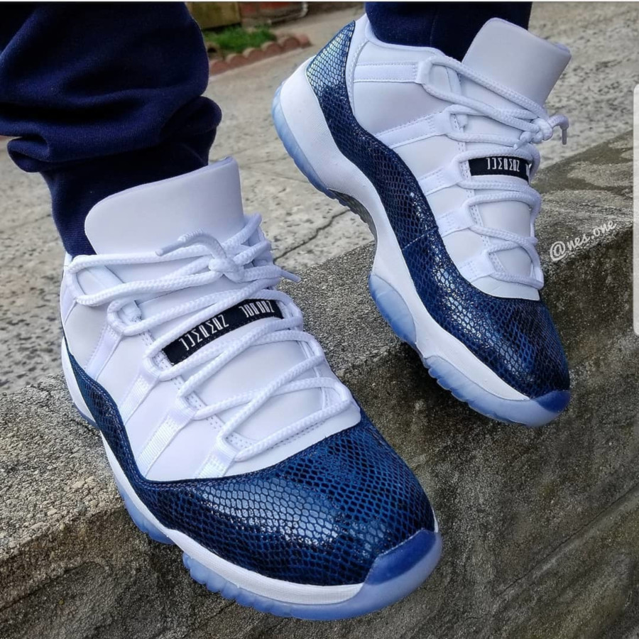 Air Jordan 11 Low OG Blue Snake 2019 on feet (1)