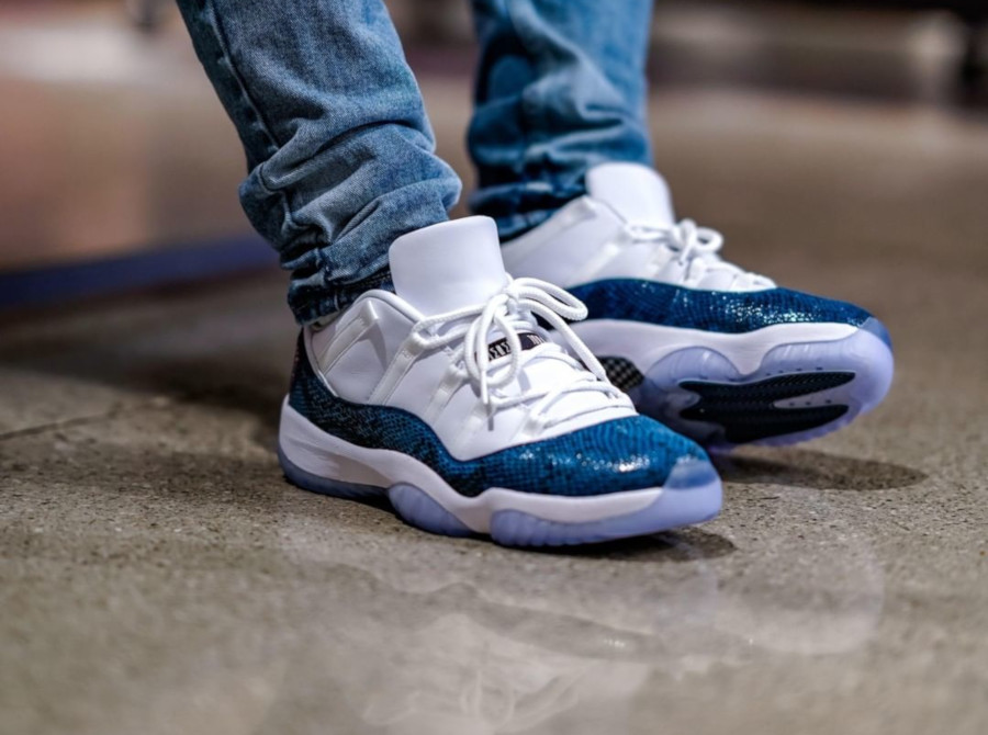 Air Jordan 11 Low OG Blue Snake 2019 on feet (2)