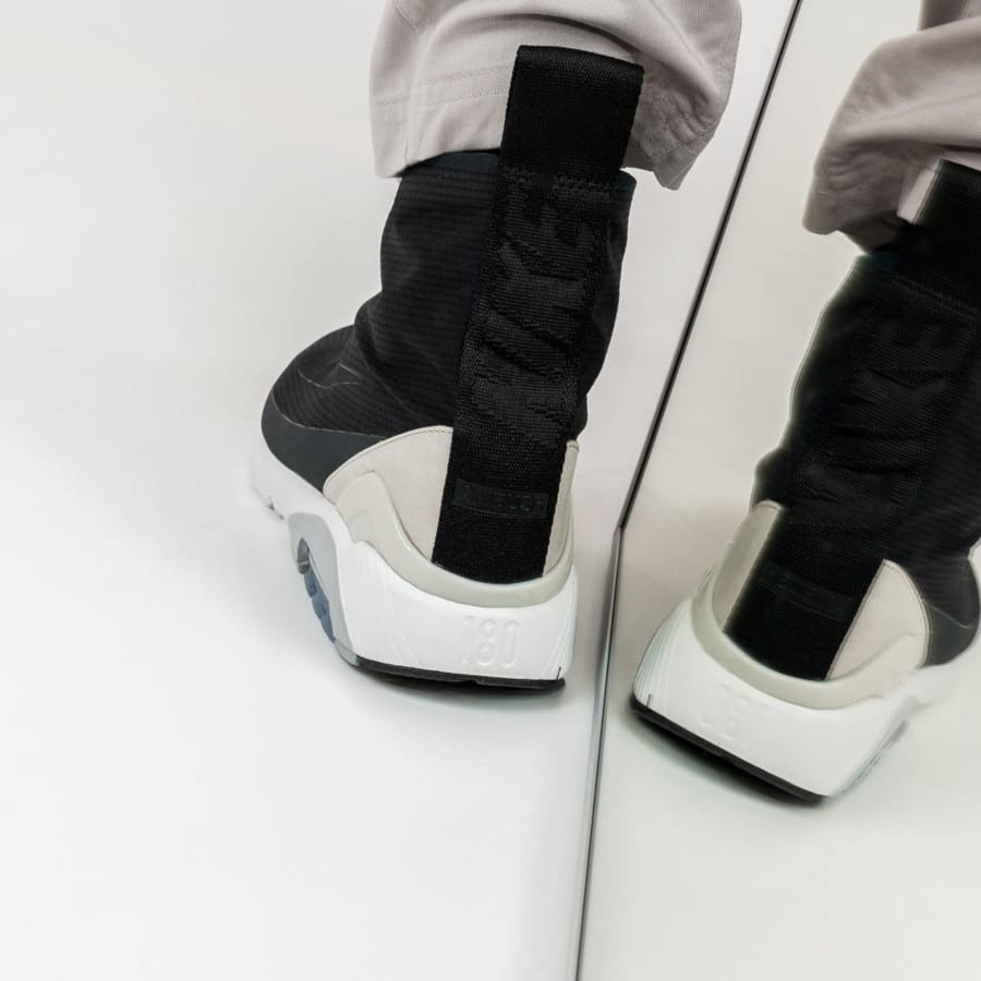 Ambush x Nike Air Max 180 Hi noire (1)