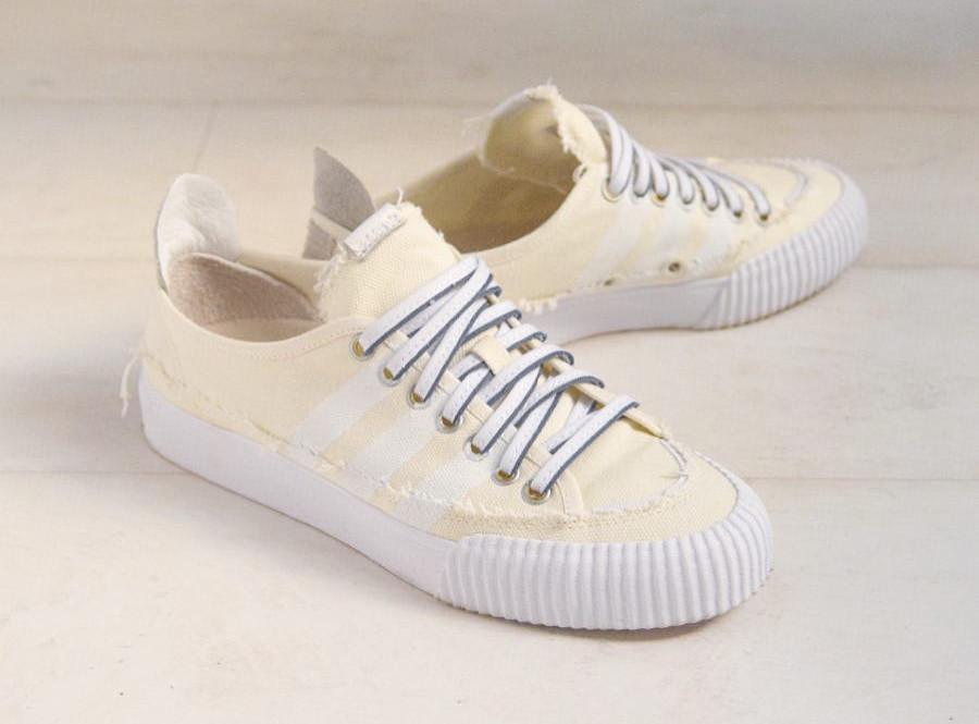 Donald Glover x Adidas Nizza Lo couleur crème (1)
