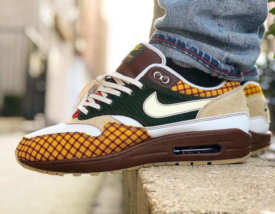 Laika x Nike Air Max 1 Susan Missing Link Friends and family (1)
