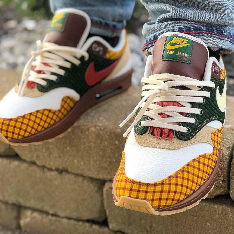 Laika x Nike Air Max 1 Susan Missing Link Friends and family (2)