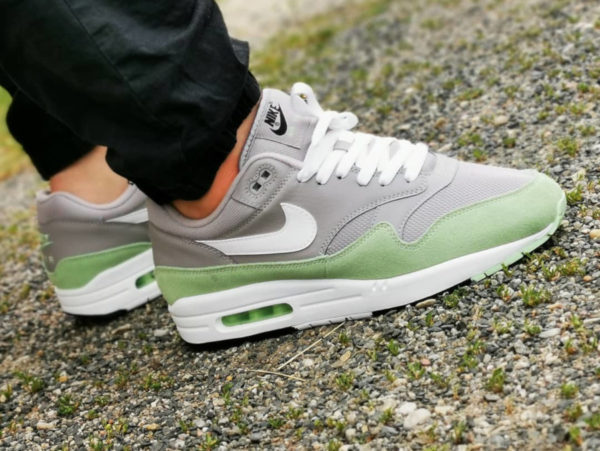Nike Air Max 1 Grey Fresh Mint AH8145-015 (2)