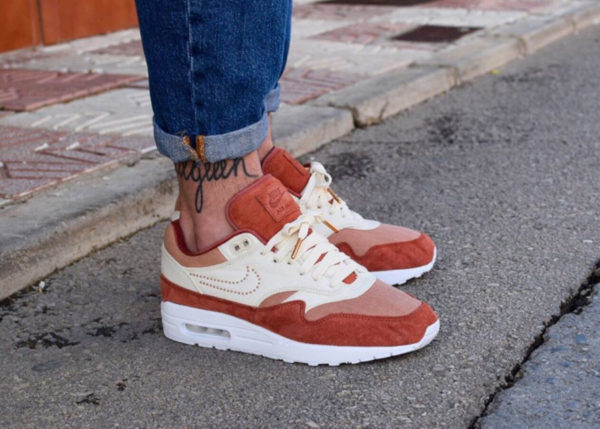 Nike Air Max 1 PRM ID By You Pinned Swoosh