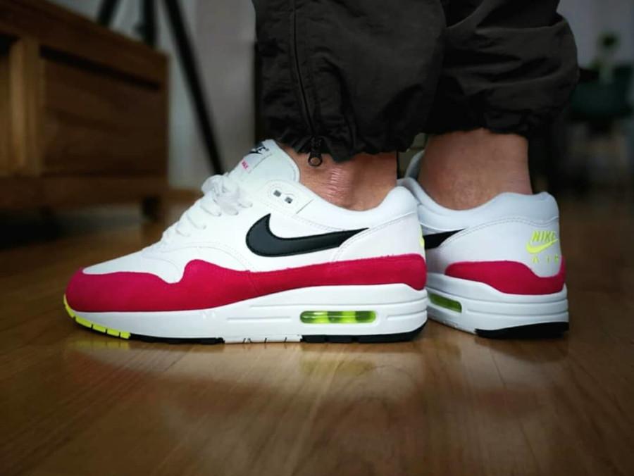 Nike Air Max 1 Rush Pink on feet (2)