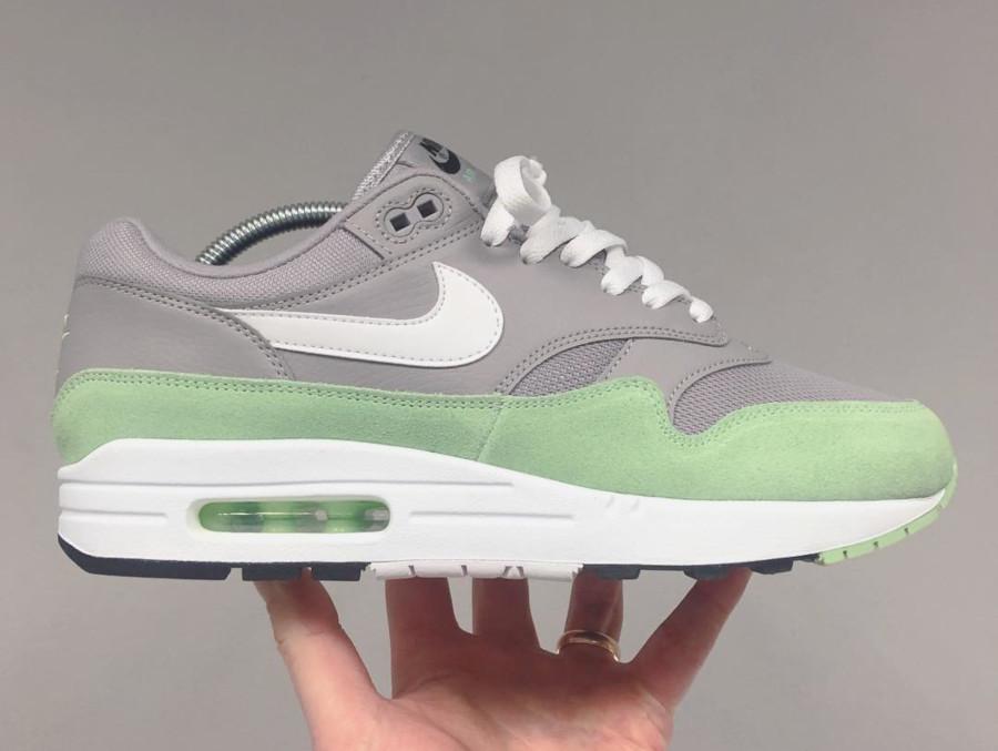 Nike Air Max 1 grise et vert menthe (1)