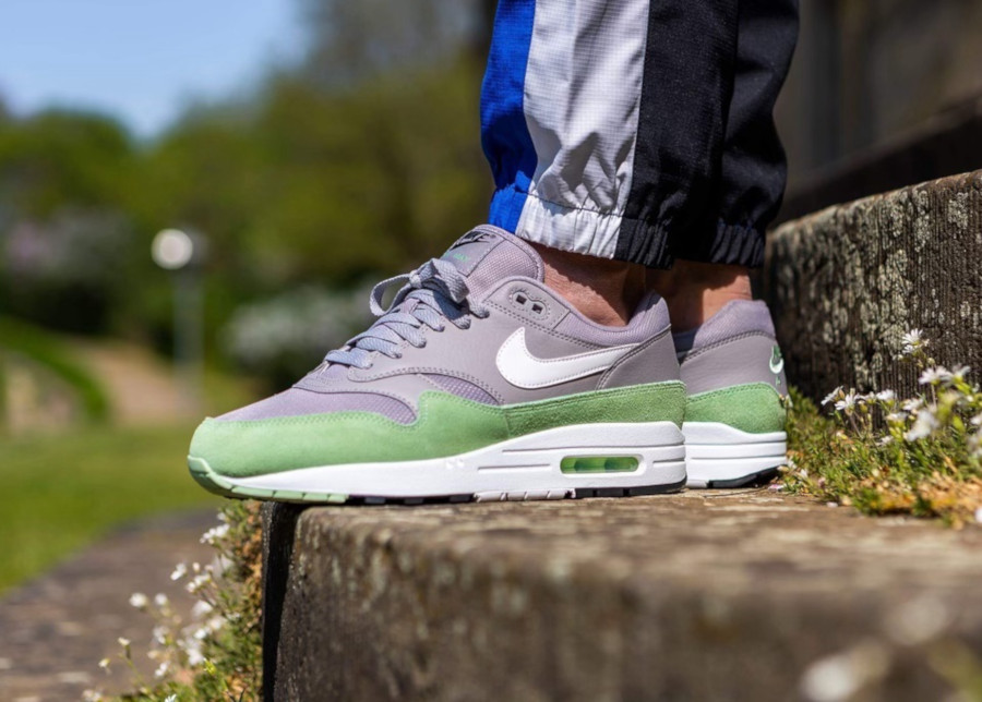 Nike Air Max 1 grise et vert menthe (3-3)