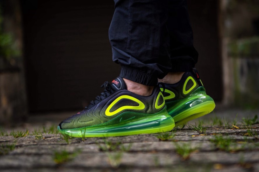 Nike Air Max 720 'Black Volt Bright Crimson' Throwback Future (3)