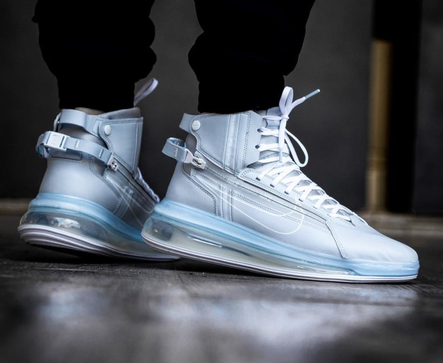 Nike Air Max 720 Saturn White Pure Platinum (2)
