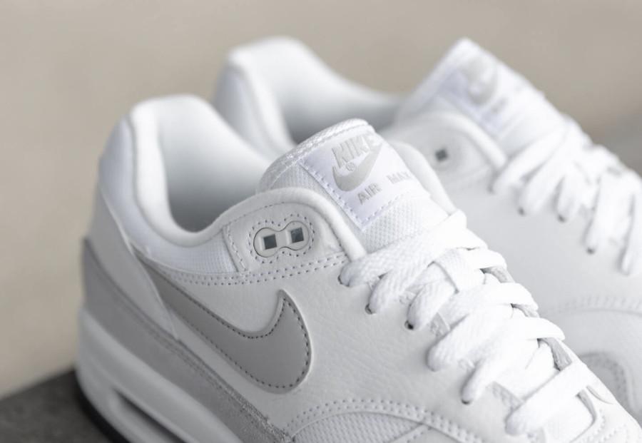Nike Air Max 87 blanche et grise (2)
