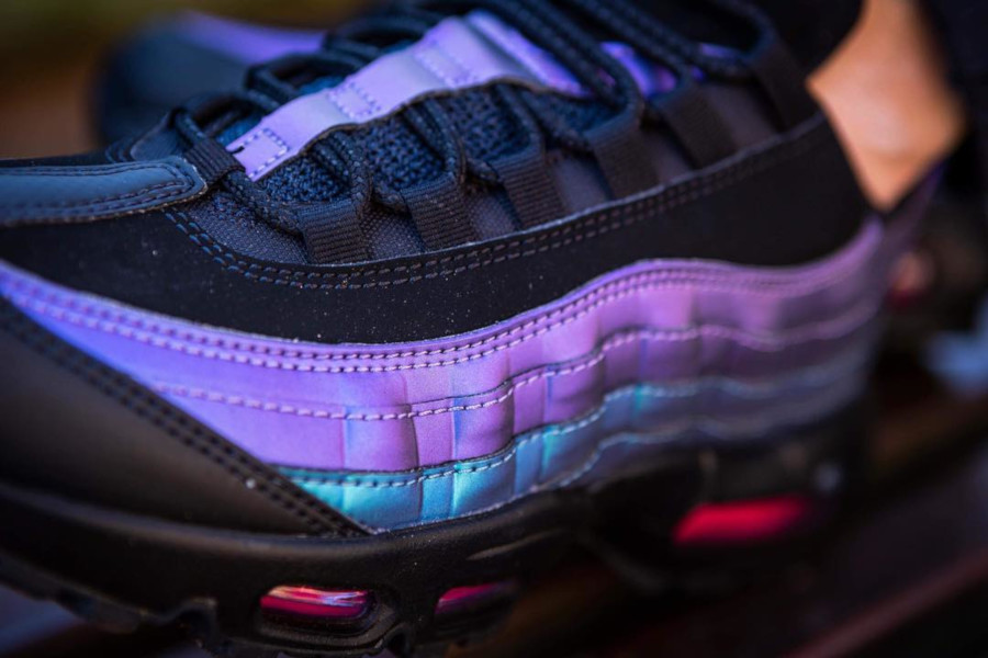 Nike Air Max 95 Premium Black Laser Fuchsia 'Throwback Future Pack' (2)