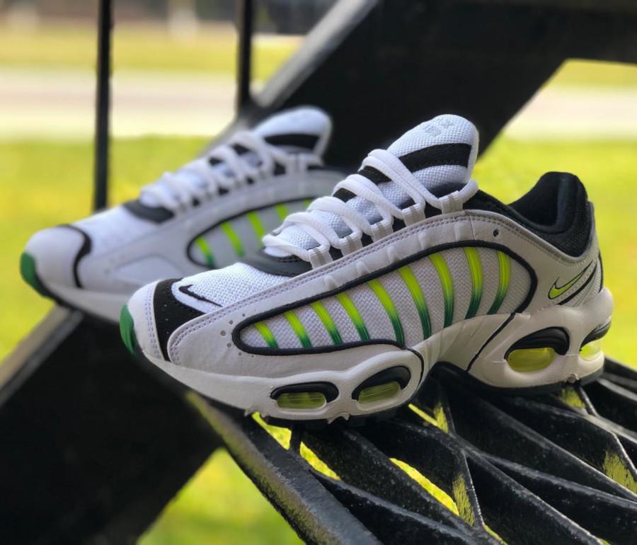 Nike Air Max Tailwind 4 blanche noire et vert fluo (1)