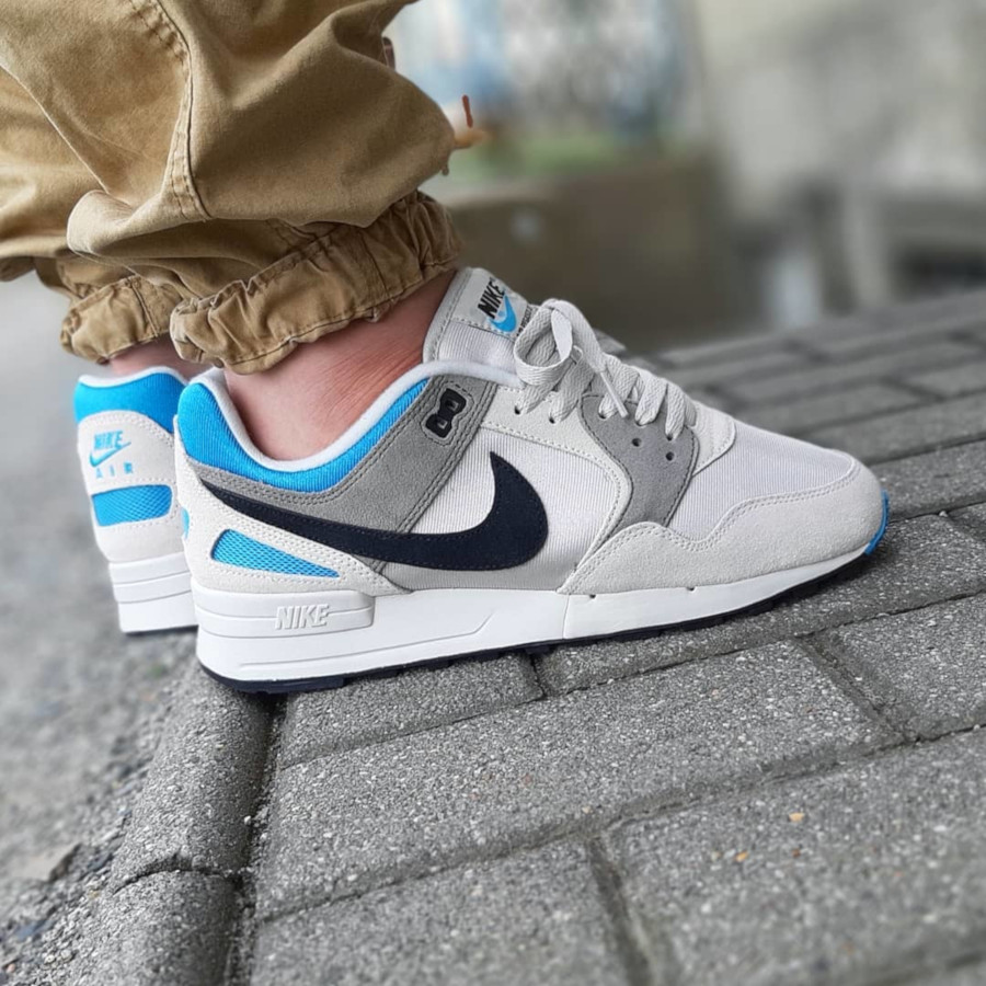 Nike Air Pegasus '89 SE Light Bone Black Vivid Blue Light Taupe