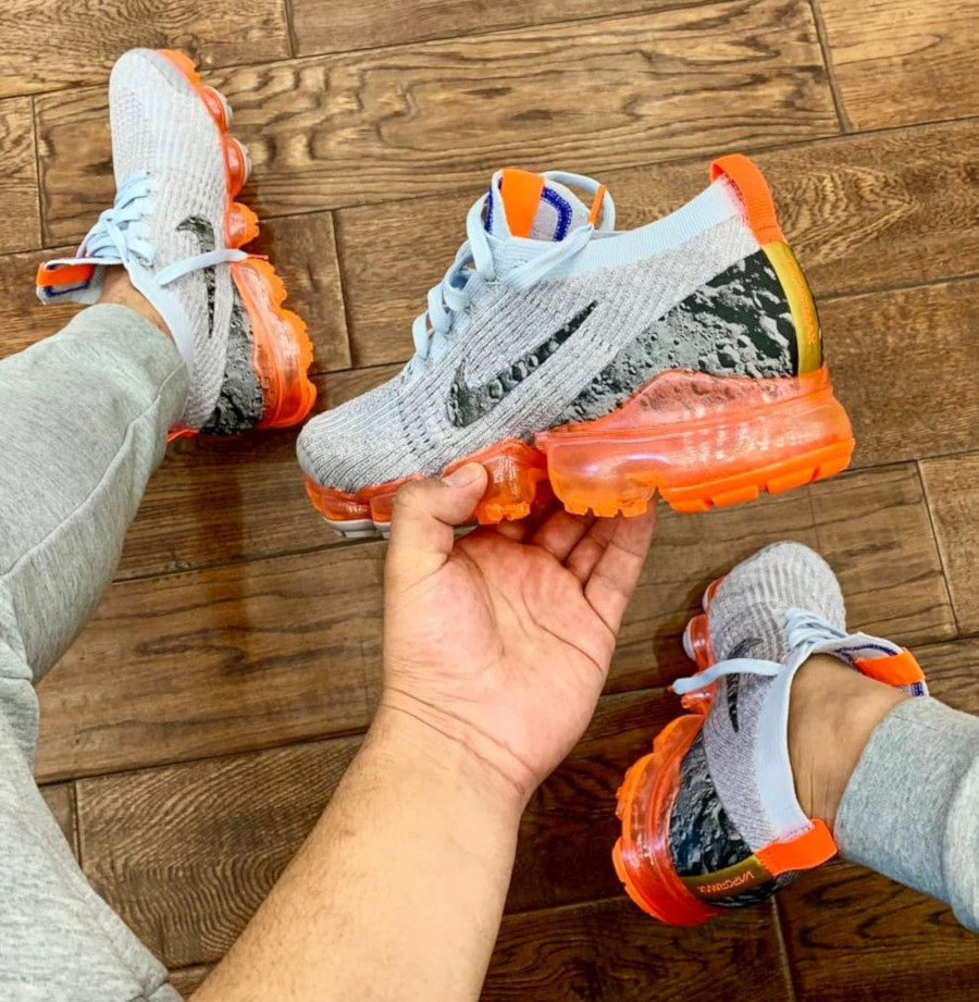Nike Air Vapormax Flyknit 3 Atmosphere Grey Reflect Silver Orange (1)