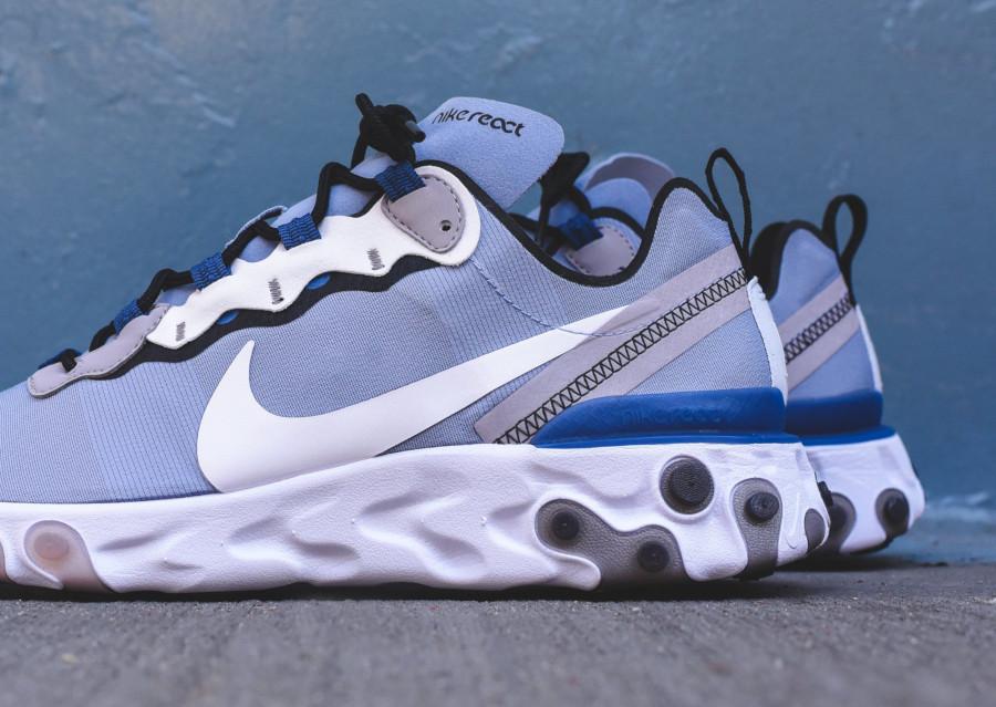Nike React Element 55 bleu pastel et blanche (5)