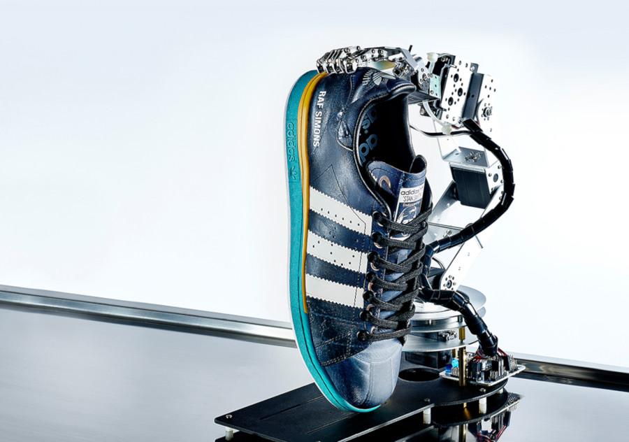 Raf Simons x adidas Samba Stan Smith ee7954-2
