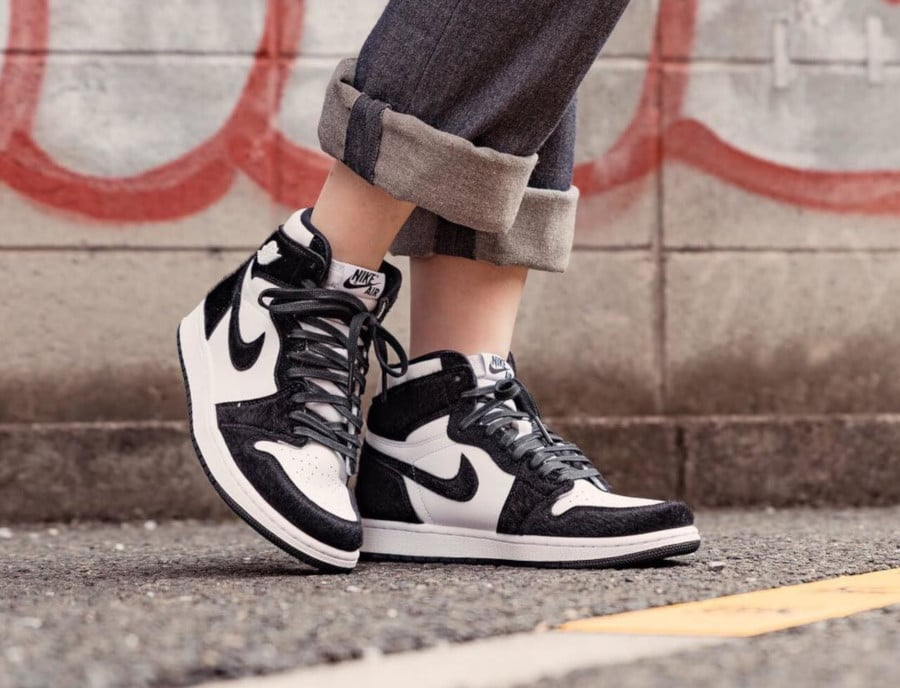 Womens Air Jordan 1 Retro High OG Panda (2)