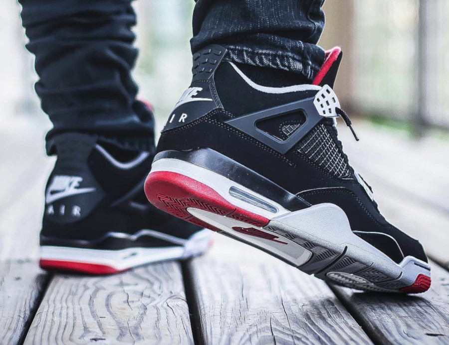 air-jordan-4-bred-2019-on-feet-@kickgame77