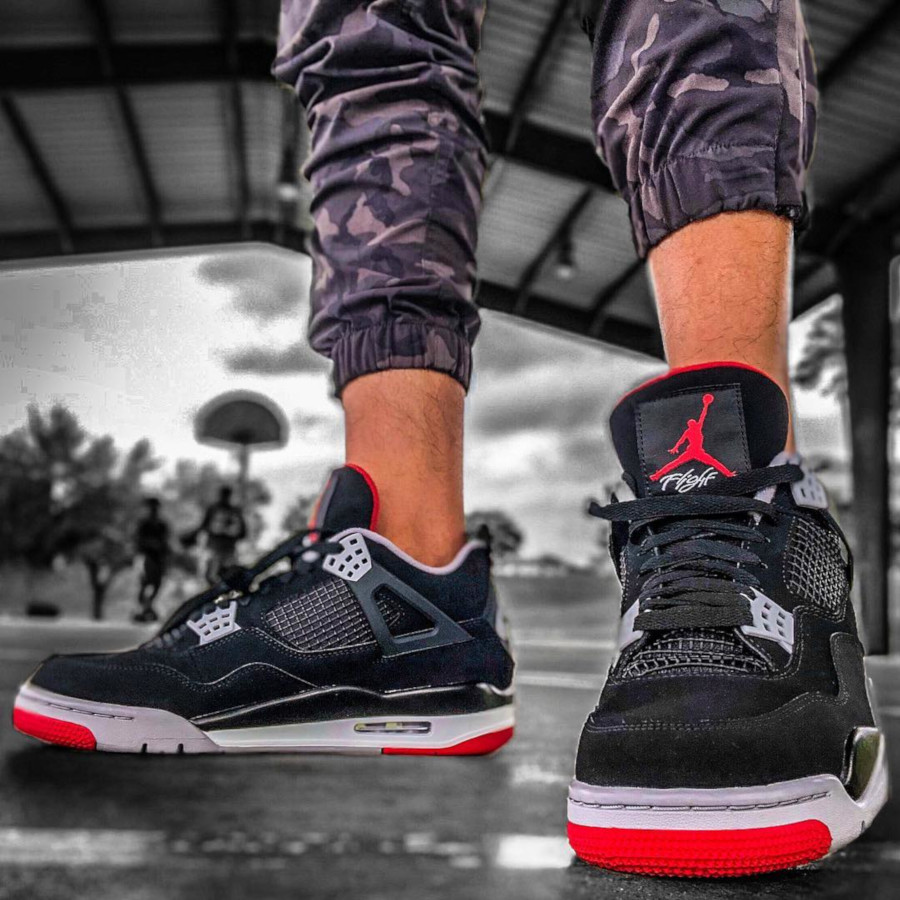 air-jordan-4-bred-2019-on-feet-@sweetlou21_