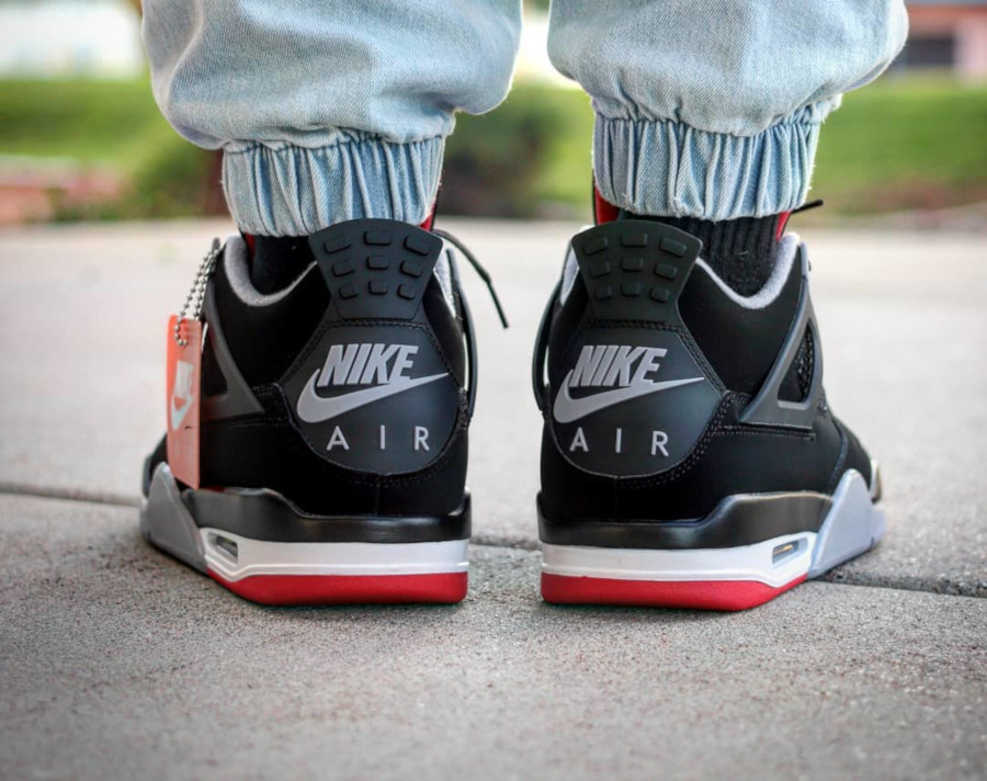 air-jordan-4-bred-2019-on-feet-@thecarolinaboy-(1)