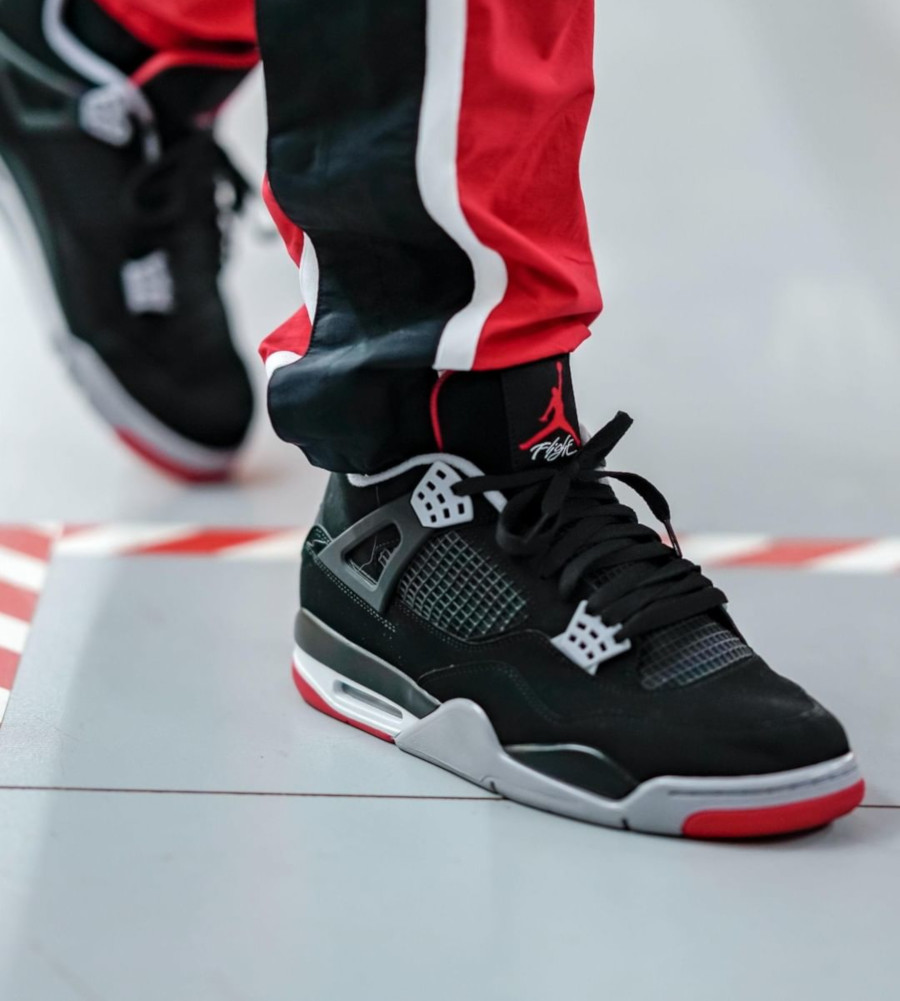 air-jordan-4-bred-2019-on-feet@finishline (1)