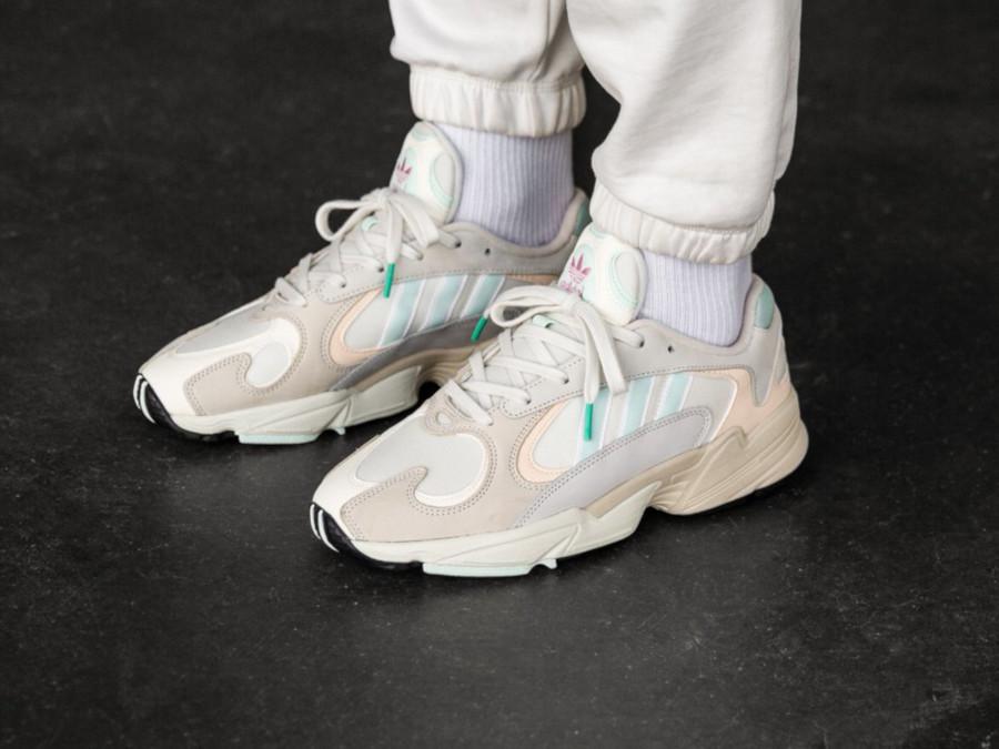 Adidas Yung-1 Off White Ice Mint Ecru Tint (1)
