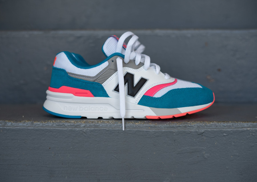 New Balance 997H South Beach Deep Ozone Blue Guava (1)