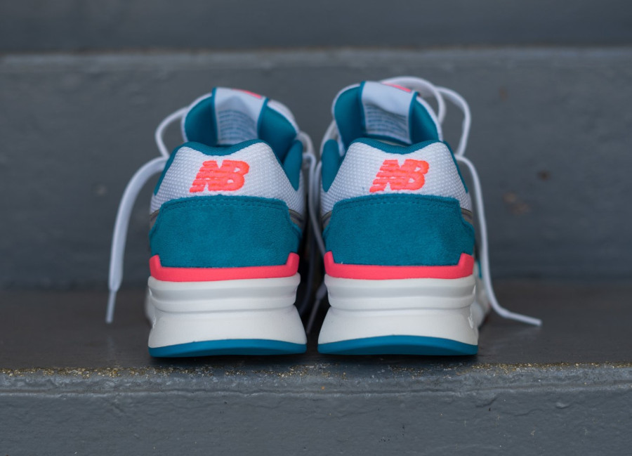 New Balance 997H South Beach Deep Ozone Blue Guava (3)