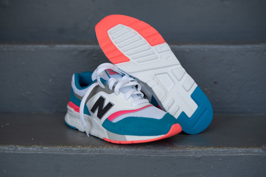 New Balance 997H South Beach Deep Ozone Blue Guava (4)