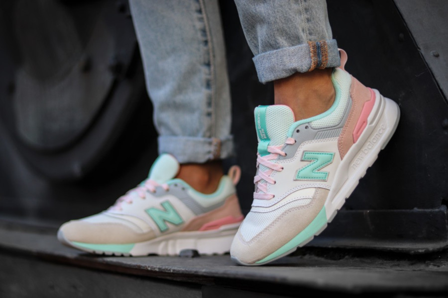 New Balance CW997HBA Easter (1)