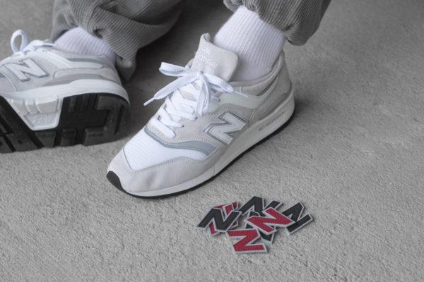 New-Balance-M997LBG-Velcro-N-Logo-