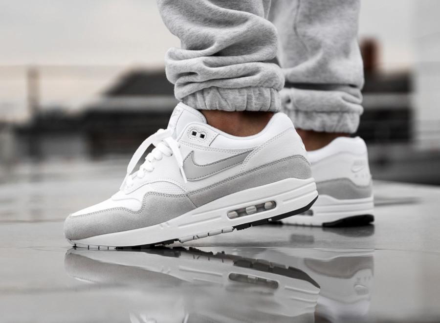 Nike Air Max 1 White Pure Platinum pas cher