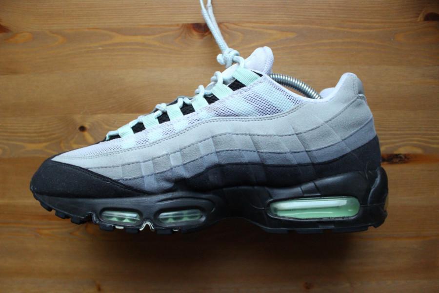 Nike Air Max 95 Neutral Grey Mint de 2009