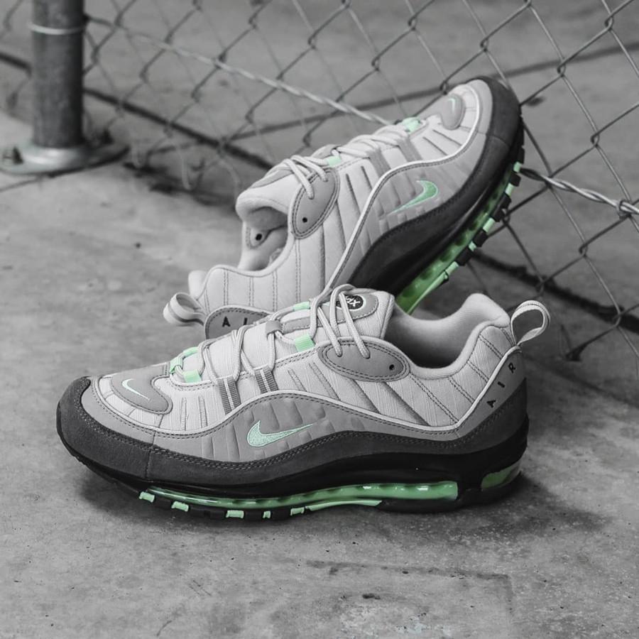 Nike Air Max 98 grise et vert menthe (3)