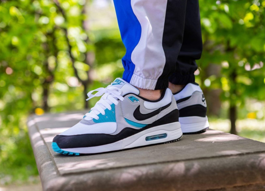 Nike Air Max Light OG Teal AO8285 103 (4)