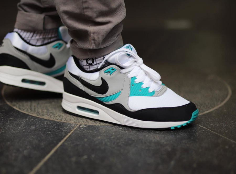 Nike Air Max Light OG Teal AO8285 103 (5)