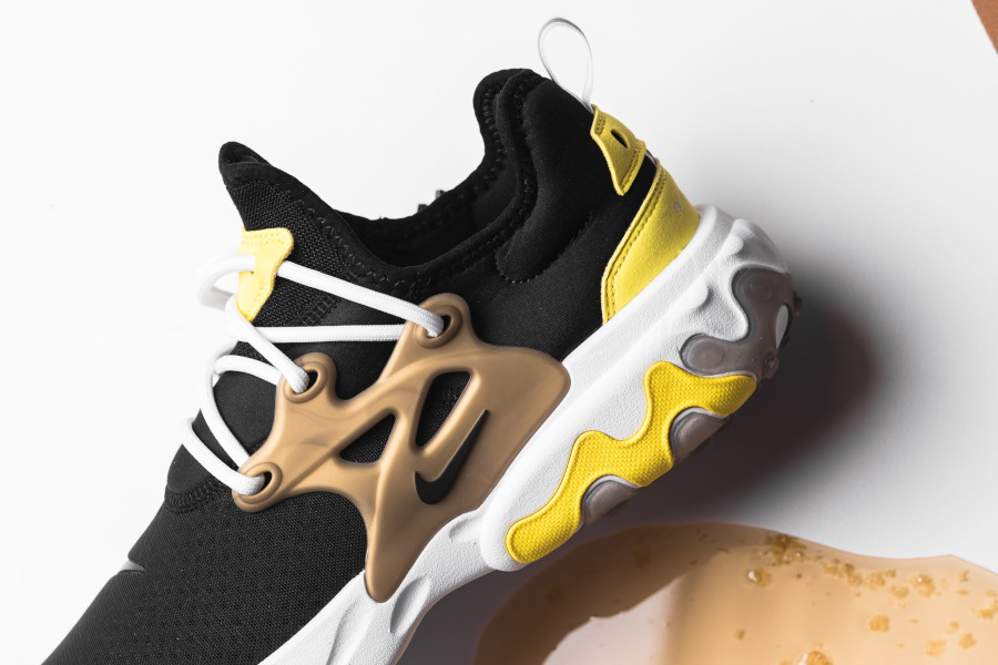 Nike React Presto Black Yellow Streak (2)