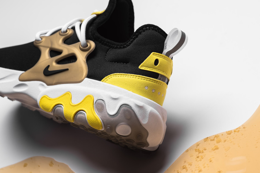 Nike React Presto Black Yellow Streak (4)