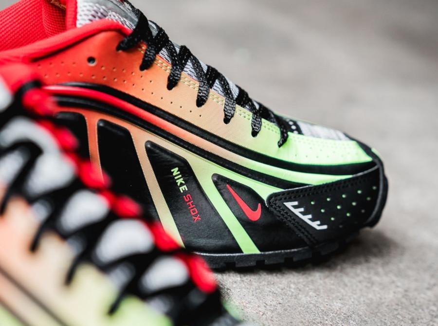 Nike Shox R4 Black Lime Blast Challenge Red (BV1387-001) (2)