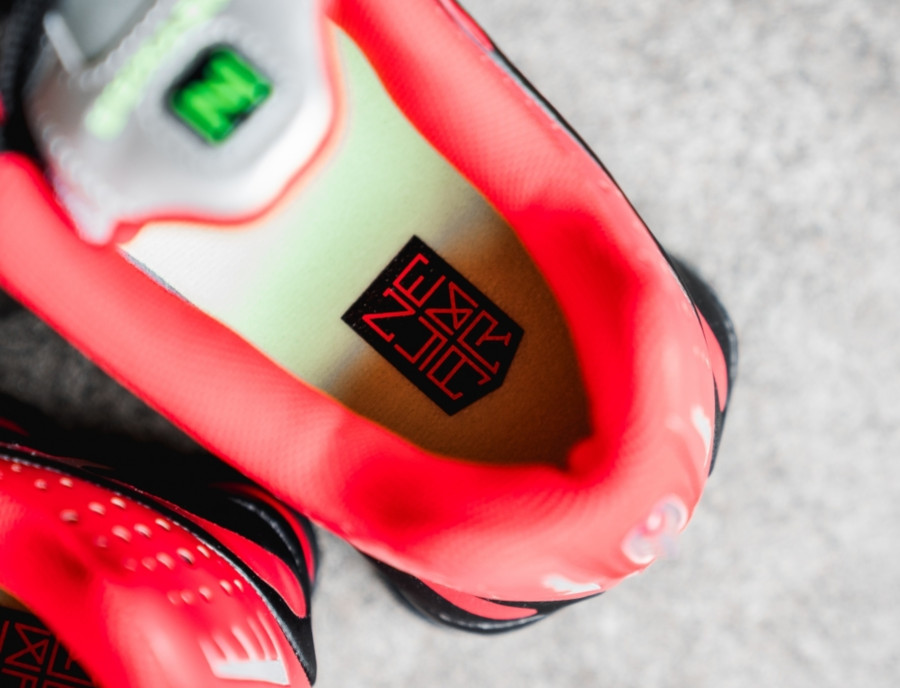 Nike Shox R4 Black Lime Blast Challenge Red (BV1387-001) (4)